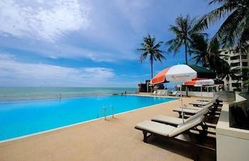 Gambar Golden Pine Beach Resort & Spa di Pranburi