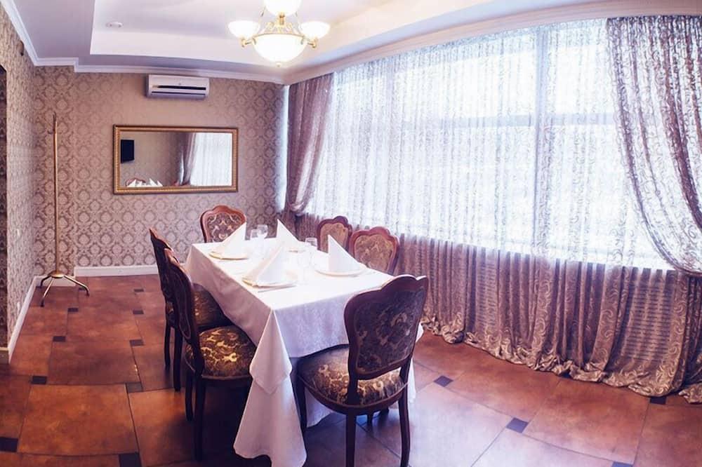 Suite - 1 soveværelse - Spisning på værelset