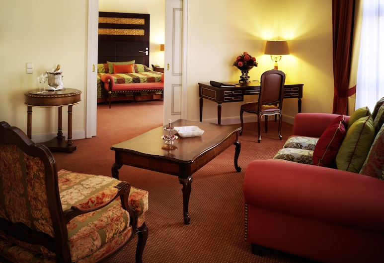 Relais & Châteaux Hotel Bülow Palais, Dresden, Junior Suite, Living Area
