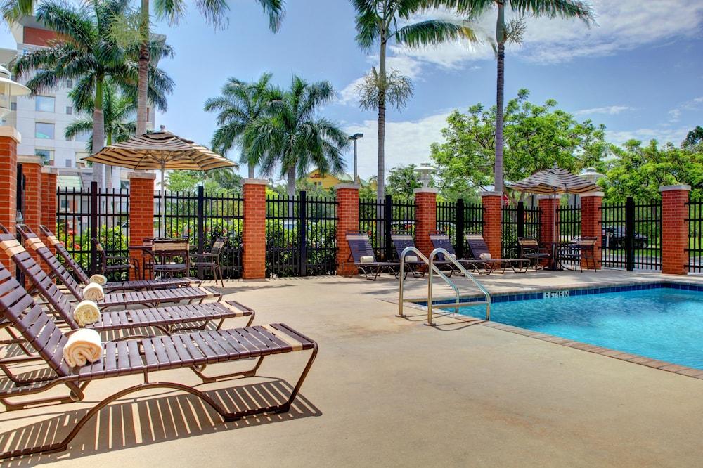 Hyatt Place Ft. Lauderdale Airport & Cruise Port, Dania Beach