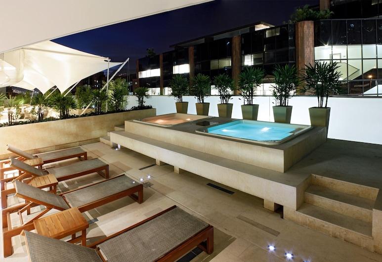 Hotel Estelar Milla de Oro, Medellin, Utendørs spabad