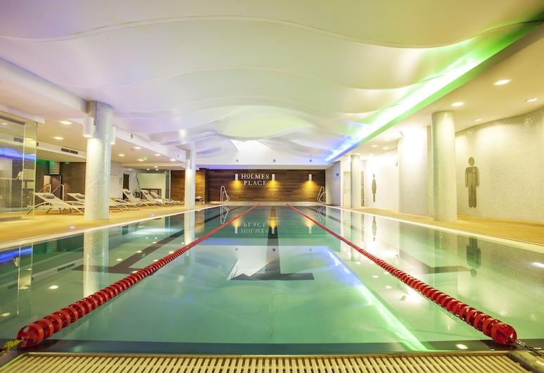 戈兹斯都庭院飯店, 布達佩斯, 室內游泳池
