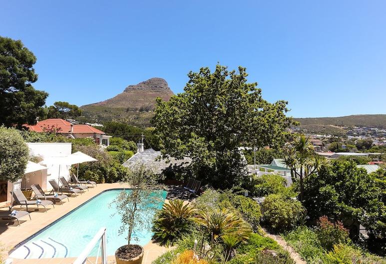 Villa Lutzi, Cape Town, Garden