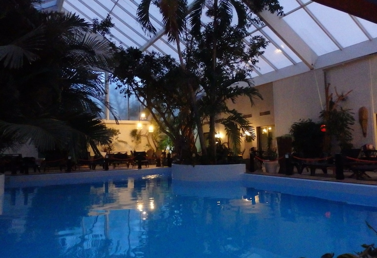 Tropical Hotel, Durbuy, Binnenzwembad