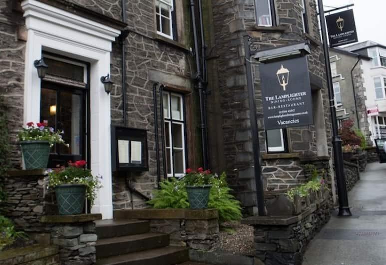 The Lamplighter Dining- Rooms, Windermere, Hotel bejárata