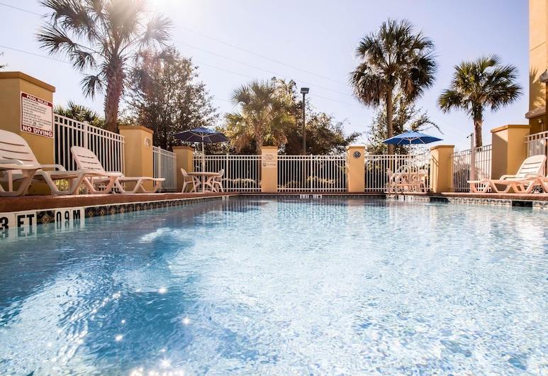 Comfort Suites Orlando Airport, Orlando, Pool