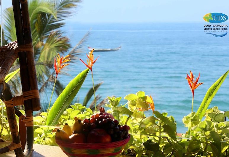 Uday Samudra Leisure Beach Hotel, Thiruvananthapuram, Strand
