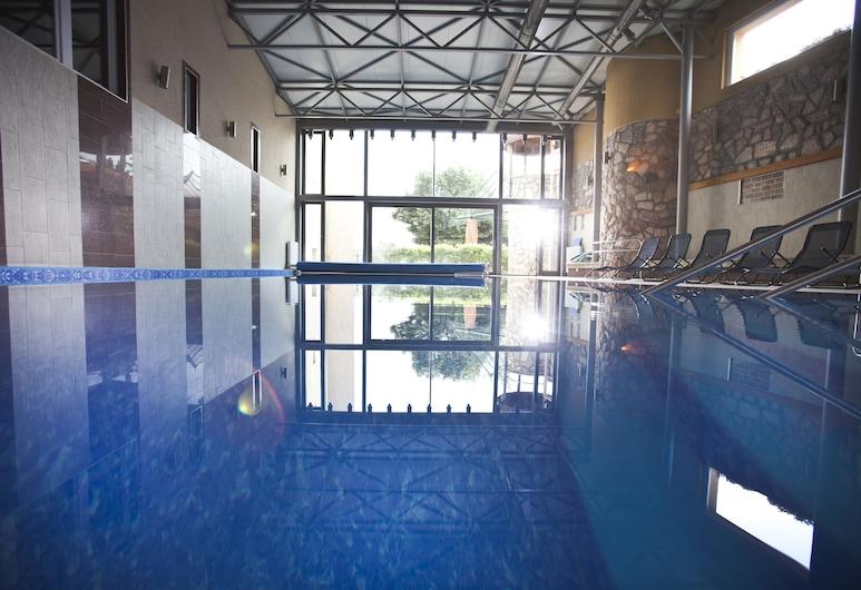 Hotel Makar Sport & Wellness, เปช, สระว่ายน้ำในร่ม