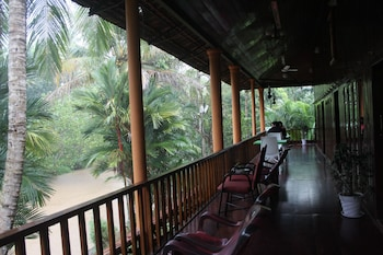 Picture of Backwater Retreat - Honeymoon House in Aymanam