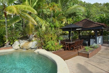 Picture of Lychee Tree Holiday Apartments in Port Douglas
