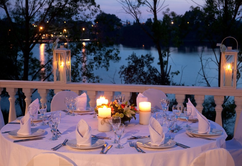 Margarona Royal Hotel, Preveza, Pagerinto tipo kambarys, Vakarienės lauke
