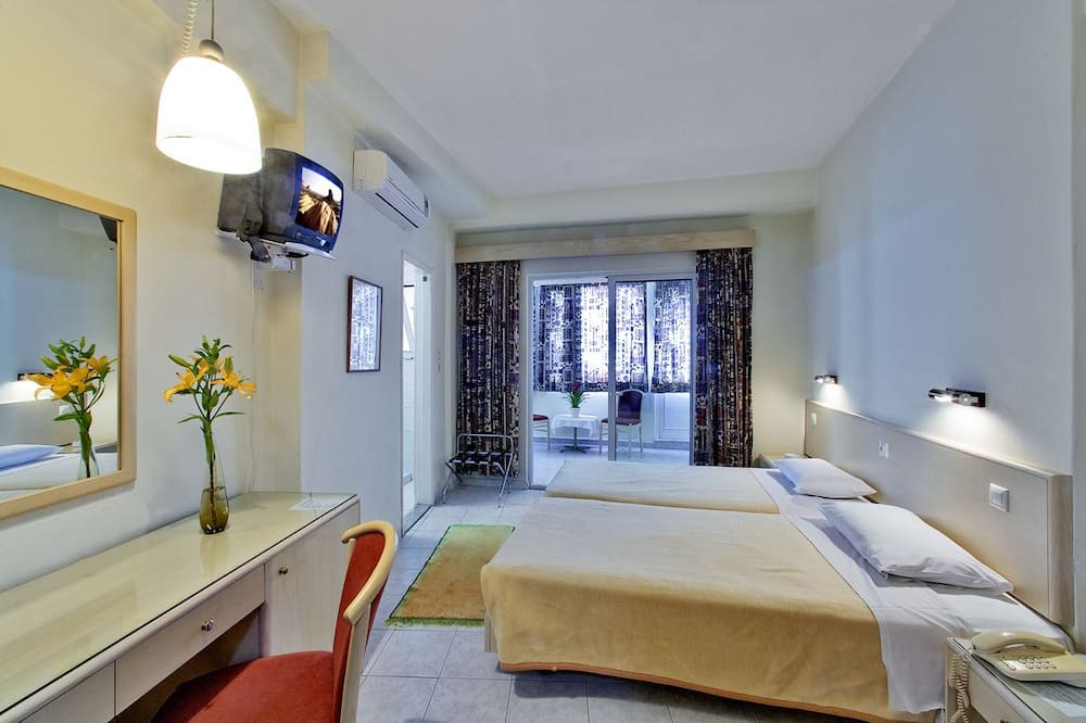 Habitación doble económica, 1 cama doble o 2 camas individuales - Habitación