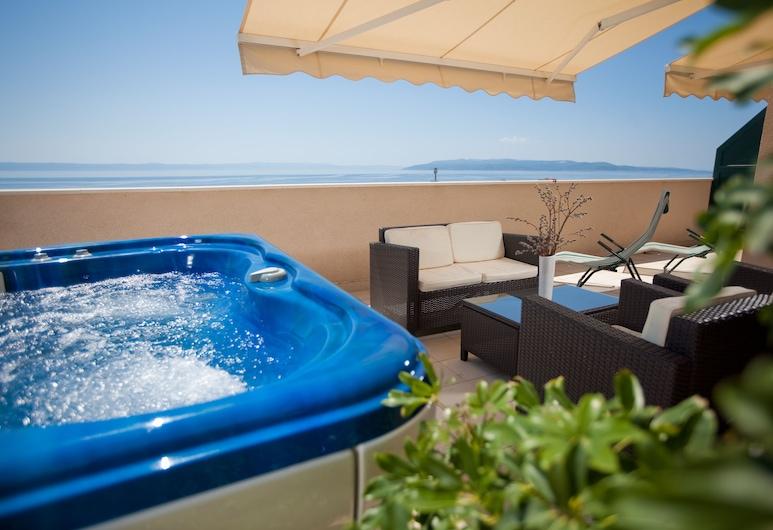 阿加瓦公寓飯店, 瑪卡沙, 豪華公寓, 露台