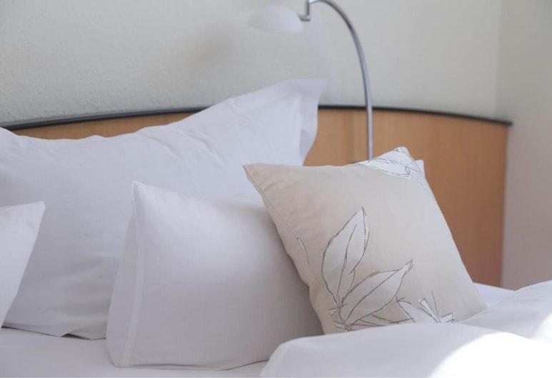 Ringhotel VITALHOTEL ambiente, באד וילסנאק, חדר סטנדרט טווין, 2 מיטות יחיד, חדר אורחים