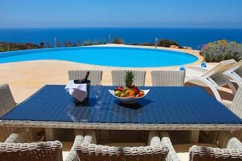 Choose This Luxury Hotel in Kouklia