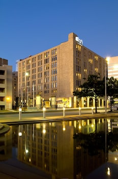 Choose This 3 Star Hotel In Dallas