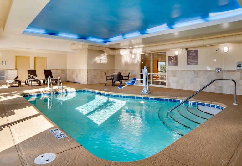 Comfort Suites Gulfport, Gulfport, Pool