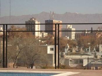 Picture of Dakar Hotel in Mendoza