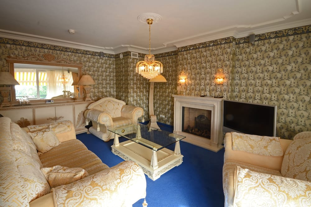 Suite Royal - Ruang Keluarga