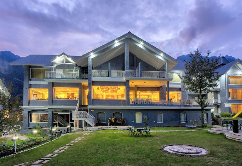 The Highland Park, Manali, Hotel Front