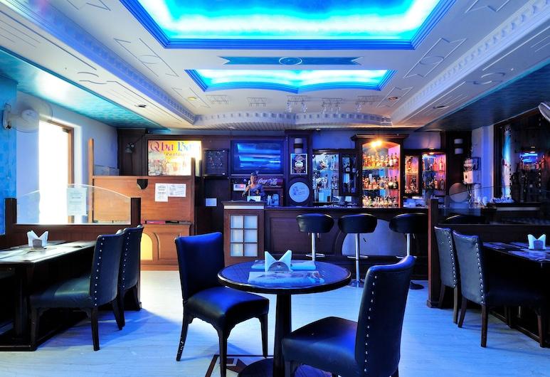 Hotel Maharaja Residency, Jalandhar, Bar do Hotel