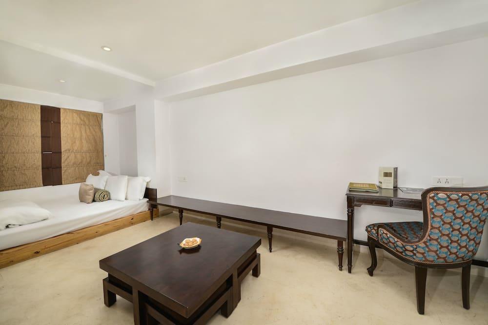Suite Royal, Varias camas, bañera, vista al río - Servicio de comidas en la habitación