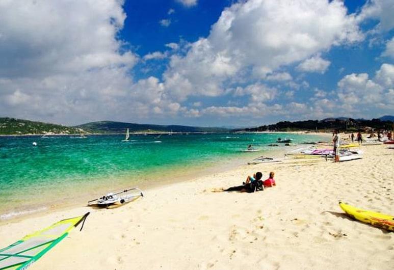 Il Nido dei Gabbiani, Palau, Beach