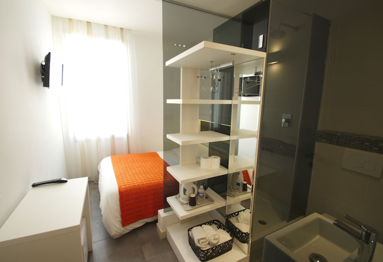 Hotel Anna Livia, Cannes, Single Room, Guest Room