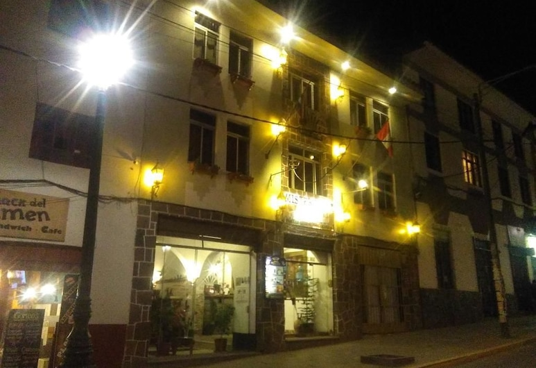 Mister Inkas Hotel Inn Exclusive Palace, Cusco, Hotellets front – kveld/natt