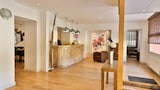 Book this Parking available Hotel in Bandol
