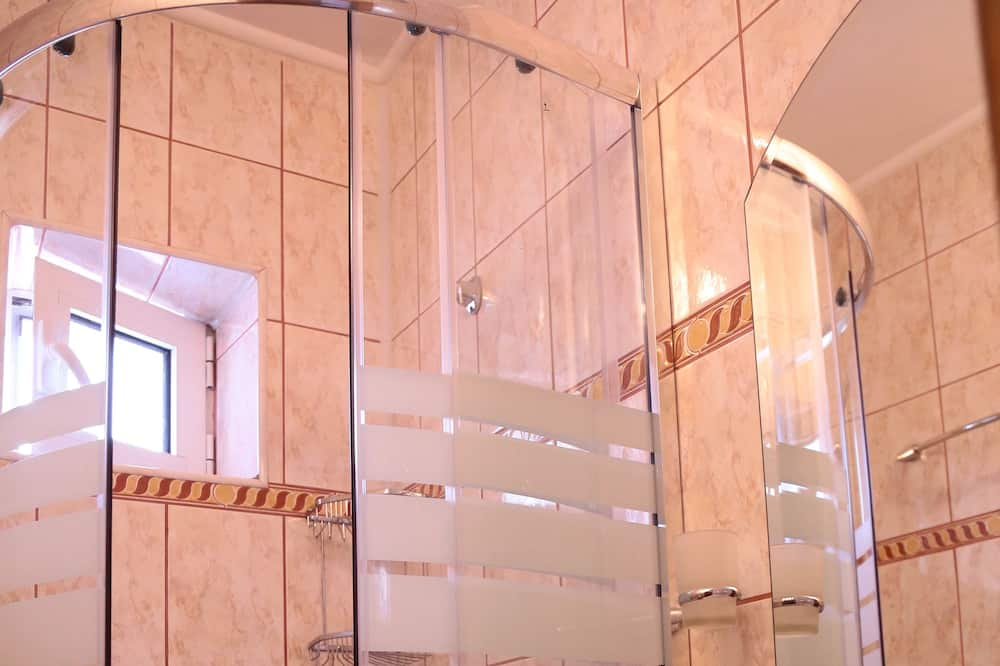 Apartment (for 4 persons) - Dusche im Bad