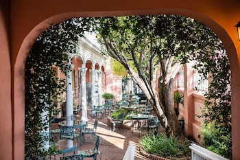 Picture of The Meeting Street Inn in Charleston