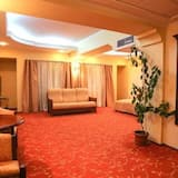 Business Double Room - Living Area