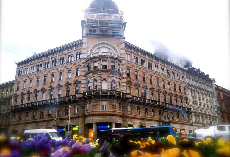 Europa Centerpoint Guesthouse, Budapest, Hotellets front