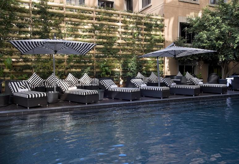 Davinci Hotel And Suites On Nelson Mandela Square, Sandton, Outdoor Pool
