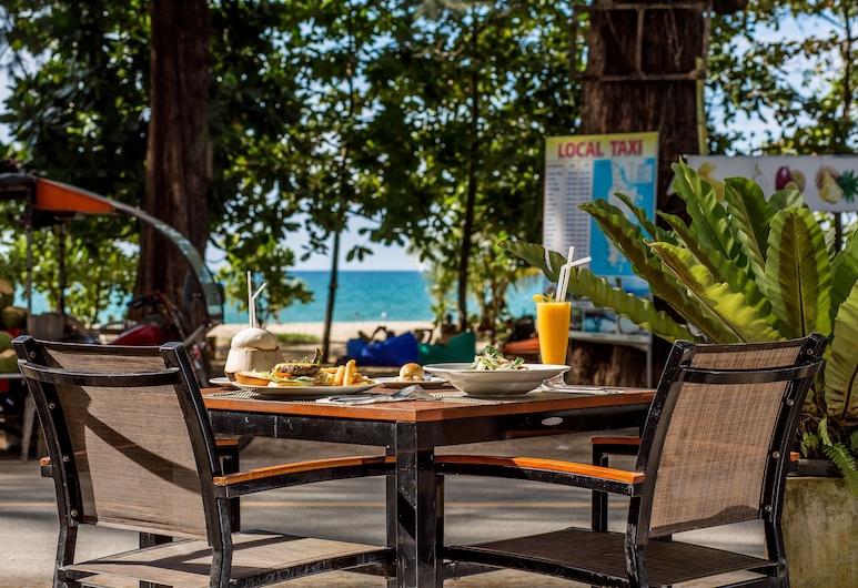 Nai Yang Beach Resort & Spa, Sa Khu, Outdoor Dining