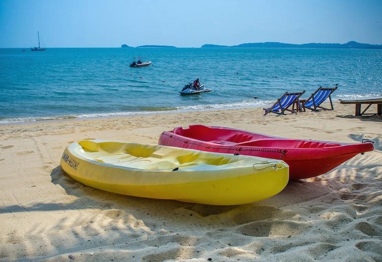 拉瓦娜度假村, 蘇梅島, 海灘
