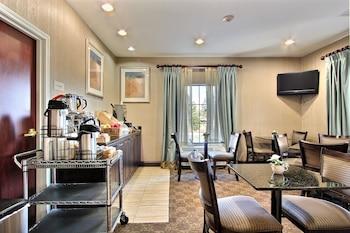 Pooler — zdjęcie hotelu Magnolia Inn & Suites