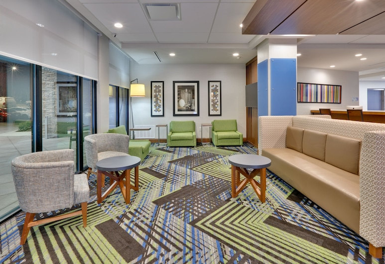 Holiday Inn Express & Suites Fort Worth North - Northlake , Roanoke, Lobby