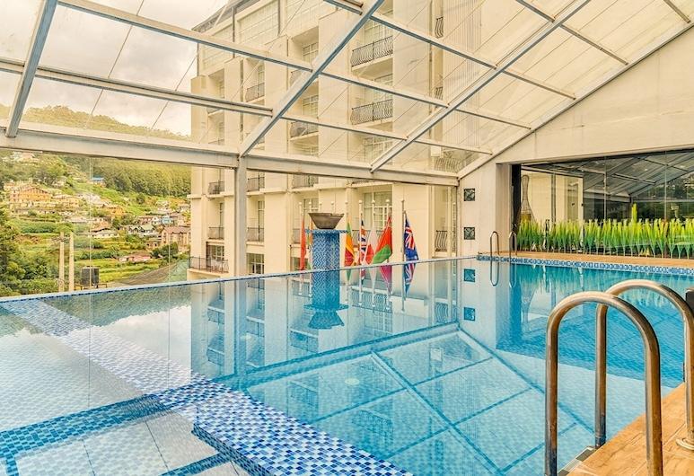 The Golden Ridge Hotel, Nuwara Eliya, สระว่ายน้ำในร่ม