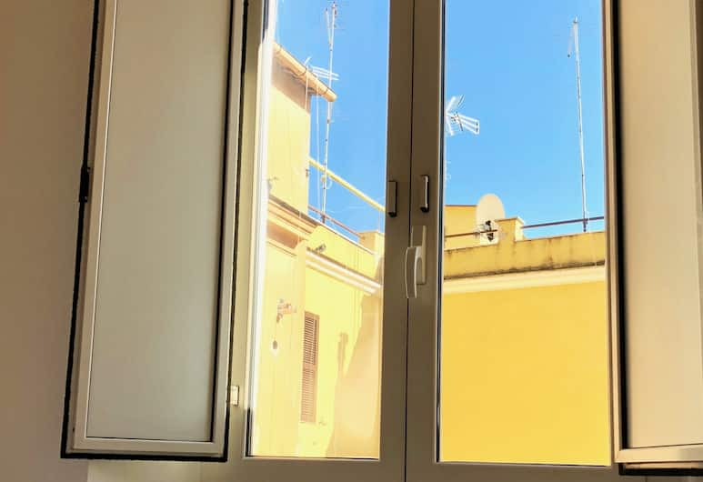 Termini Station Little House, Rome, Apartment, 1 Bedroom, View from room