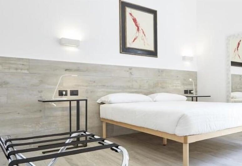 Raffaela's Suite & Rooms, Rome, Deluxe Double Room, Guest Room