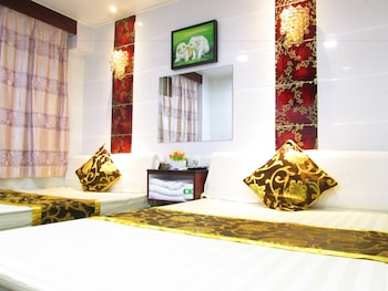 Picture of New Peace Guest House - Hong Kong in Kowloon
