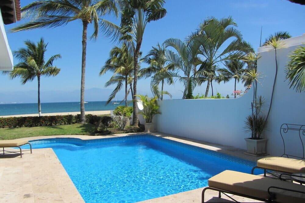 Casa Dos Dolphins 2 Bedroom Villa