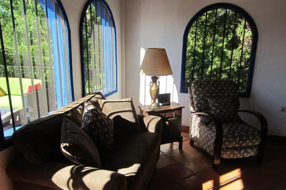 Dům, 1 ložnice - Obývací prostor