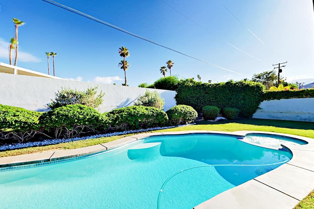 House, 2 Bedrooms - Outdoor Pool