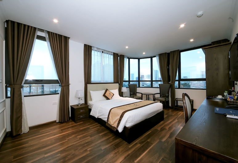 Louisland Hotel, Hanoi, Executive Suite, 1 Queen Bed, Smoking, City View, Guest Room View