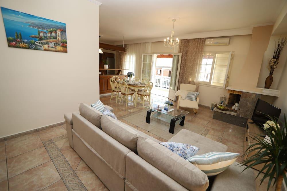 Apartemen, 3 kamar tidur - Ruang Keluarga