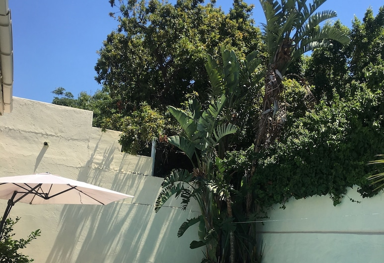 OMAS HOME, Cape Town, Deluxe Double Room, 1 Double Bed, Terrace/Patio