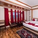Premium-værelse med dobbeltseng eller 2 enkeltsenge - 1 dobbeltseng - ryger - bakkeudsigt - Bjergudsigt